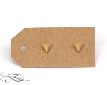 Micro triangle - brass earrings