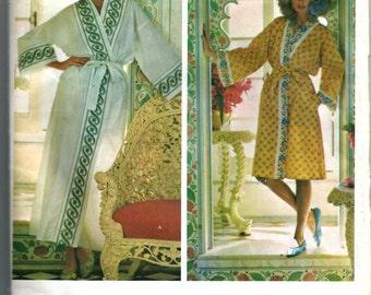 Vogue Misses' Robe Pattern 1232