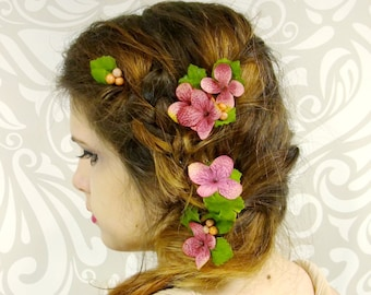 Flower Hair pins, Dark Pink Hydrangea Flower and Berry Bobby Pins, Boho Hair, Fairy Hair, Mori Hair