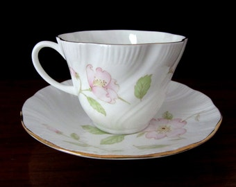 Queen's Fine Bone China Teacup and Saucer Set. Melissa Pattern