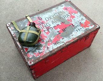 Vintage Camping Box - Red Storage Trunk with Sections