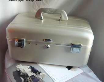 Vintage Aluminum Suitcase Train Case / Halliburton ZERO Industrial MCM Luggage / Mod Metal Storage