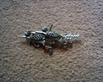 "Vintage silver-tone double roadrunner pin brooch w/ aqua accent stones 2.5"" long"