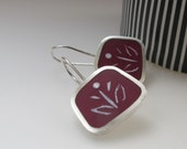 Graphico Fiore - Burgundy Grape Berry Resin Earrings - Short Drop Square Earring - Handmade Square Silver Earrings