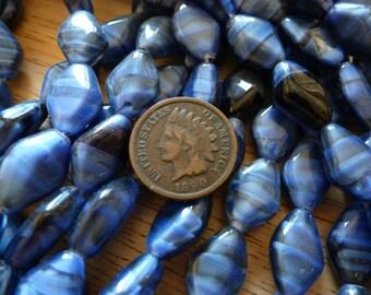 24 Vintage 15 x 10mm Montana Blue Black Givre Round Glass Beads C33