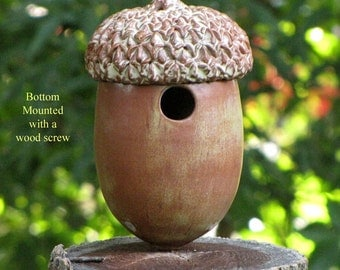 Acorn House in Ceramic Stoneware for Chickadees