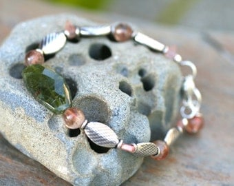 Oregon Sunstone and Green Vasonite Gemstone Sterling Silver Handmade Bracelet, Peach Sunstone Jewelry, Green Vasonite, MindyG Jewelry