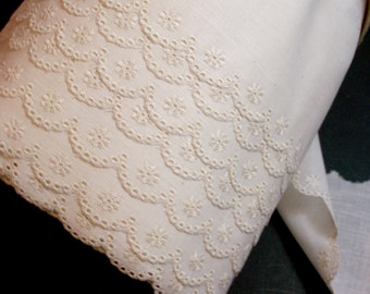 Eyelet Lace, Antique Ivory Eyelet Lace 4 inches wide x 3 yards, Wide Ivory Lace, Tiny Flower Lace