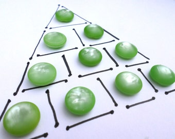 10 Green Vintage  Shank Buttons