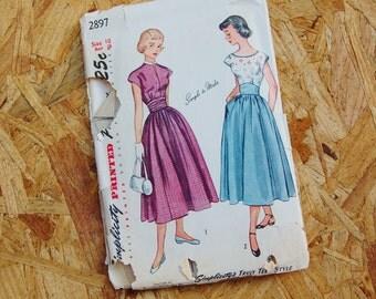 Vintage Simplicity 1950's Pattern Full Skirt Dress 2897 size 10 Bust 28