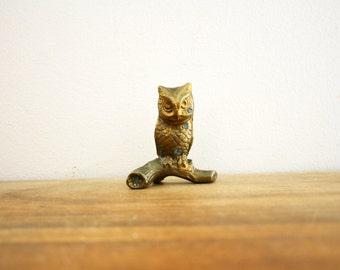 vintage 70s Sweet Little Brass Owl on Branch Paperweight  // Retro Shelf Decor