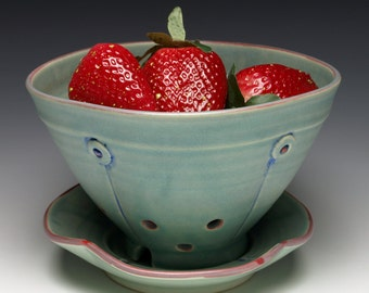 Green Button Berry Bowl with Saucer - Ceramic Colander