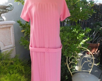 Vintage Kay Windsor / 1960s/70s Pink Dress by Kay Windsor / size 15