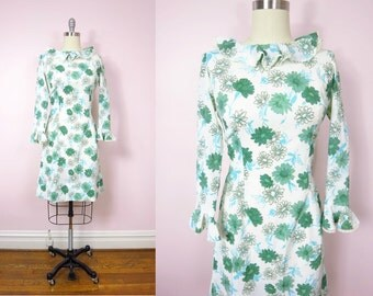 1960s Daisy Print Ruffled Dress L