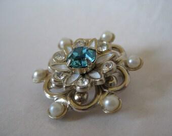 Flower Blue Rhinestone Pearl Brooch Enamel White Gold Vintage Pin