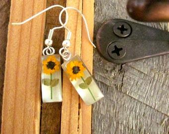 REAL flower earrings - Miniature sunflowers - sweet summer happy joy garden hippie tree hugger botany plants sun daisy silver love leaves