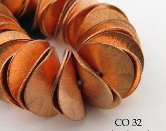 16mm Potato Chip Beads Wavy Disk Beads Copper Large (CO 32) 48 pcs BlueEchoBeads