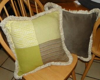 Pair of Green Beige Print Throw Pillows 18 x 18