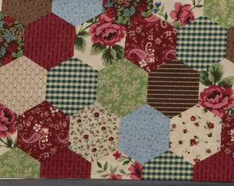 2 Generous fat quarters, 6 sided quilt motif, Variety of designs and colors, Florals, stripes, roses, 22 - 28 inches, fat quarters, Quilting