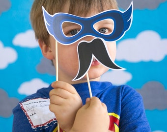 Super Comic Book Hero Printable PHOTO BOOTH PROPS pow! zap! boom! - Editable Text >> Instant Download | Paper and Cake