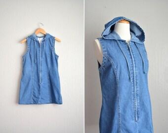 vintage '90s blue DENIM sleeveless ZIP-front HOODED dress. size m.