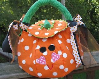 Halloween pumpkin  trick or treat bag, pumkpin bag, goody bag