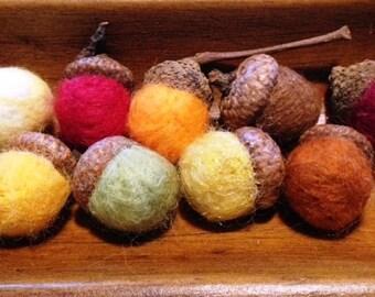 Needle Felted Acorns - using real acorn caps
