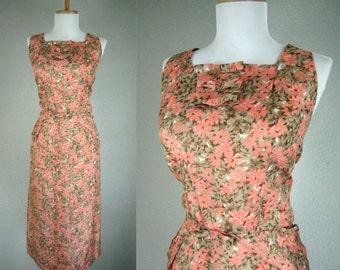 Vintage 1940s Dress WWII Orange Beige Floral Sleeveless Bows Dress