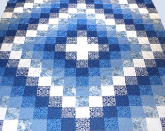 Quilt Top in Blues - Trip Around The World - 68 x 59 Inches
