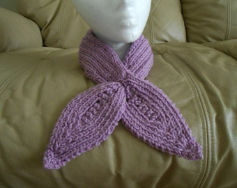 Crochet Lilac Knitted Keyhole Scarf