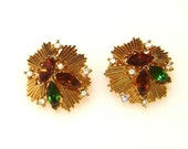Vintage TRIFARI earrings navettes and rhinestones