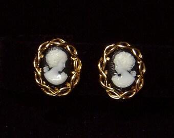 Signed NAPIER cameo Earrings Lovely