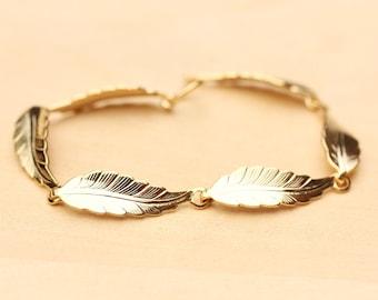 Leaf Bracelet Gold, Leaf Bracelet, Leaf Chain Bracelet, Gold Link Bracelet, Gold Chain Bracelet, Nature Jewelry, Gold Clasp Bracelet, Leaf