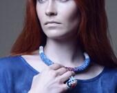 Seashore souvenir crochet necklace with indigo