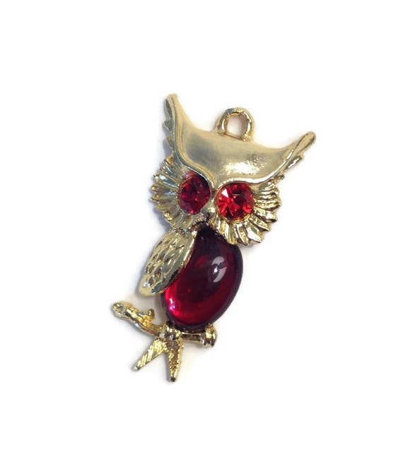 Retro Owl Pendant, Key Chain, Jelly Belly, Gold Tone, Red