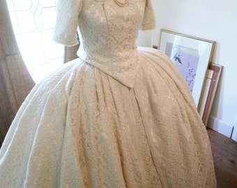 Marie Antoinette Lace Wedding Waltz Venice Masquerade Bastille Versailles French Colonial Dress Gown Costume