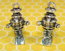 2 Robot Charms Pewter Lost In Space (31513) Alien UFO Outer Spacer Retro Robot Geekery Jewelry Making Supplies Silver Pewter Big Bang