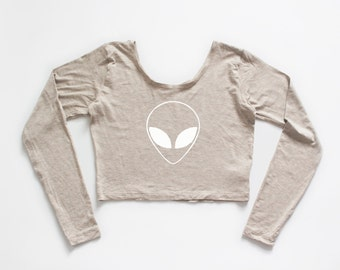 LITTLE ALIEN | Oatmeal long sleeve crop top