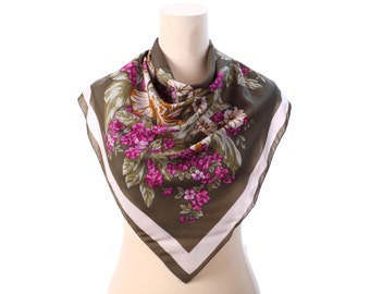 MOSS GREEN Scarf 80s Floral Printed Wine Red Beige Garden Flowers Print 1980s Bohemian Vintage Mod Mad Men Retro Neck Shawl Womens Gift