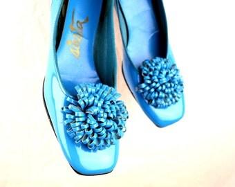 Vintage 1960s FUN Blue Shoes Heels Pumps - By Siesta