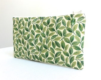 Zippered Bag in Green Ivy and Ivory with Beaded Zipper Pull - READY TO SHIP