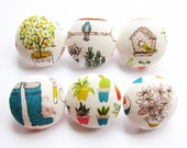 Fabric Covered Buttons - Gardening - 6 Medium Buttons