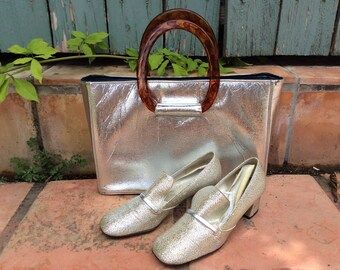 Vintage 1960s Silver Lame Purse and Pumps- 7