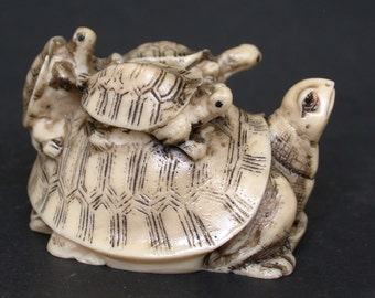 Vintage Japanese netsuke/okimono  -3 Baby Turtles on Mother Turtle