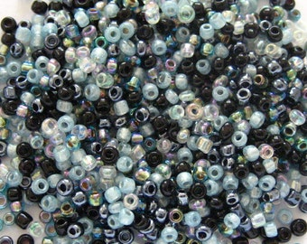 Starlight 10/0 Seed Bead Mix 15 grams