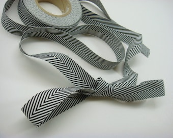 Twill Ribbon Black and White Chevron 3/4 Inch Width Sold in One Yard Increments