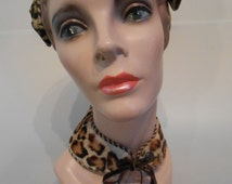 A Tender Bite at the Neck - 1950s Fur Collar Dyed Leopard Print Tie Collar