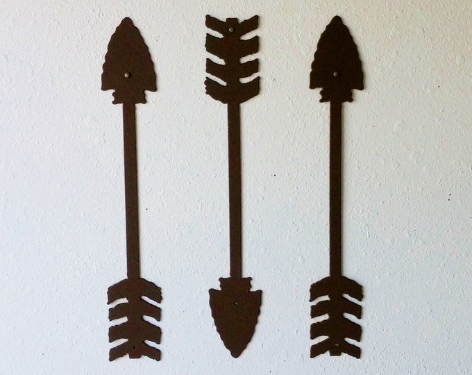 Rustic Arrows / Metal Art / Wall Decor / Set of Three / Textured Brown / Home Decor / Arrow head / Several sizes
