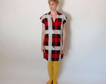 Vintage 80's plaid shirt dress, boxy straight body style, red / white / black large plaid, some damage at bottom button - Medium