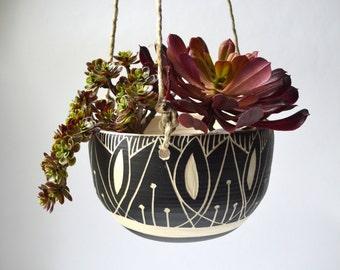 A R T  D E C O || tribal ceramic hanging planter